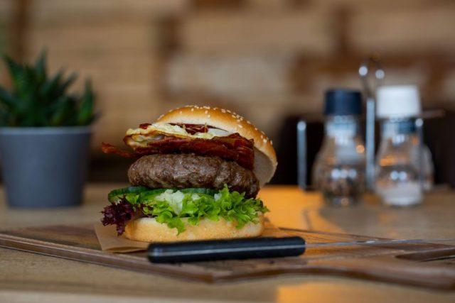 Hamburgers Eetcafe Giethoorn