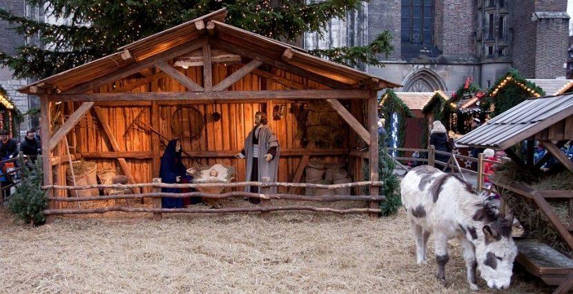 Kerstmarkt levende kerststal