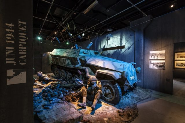 Tentoonstelling Hij of ik Militair Museum