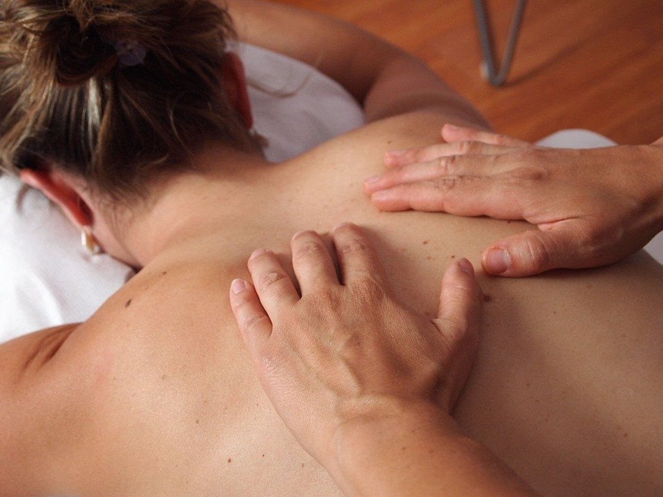 Schoonheidssalon massage 3