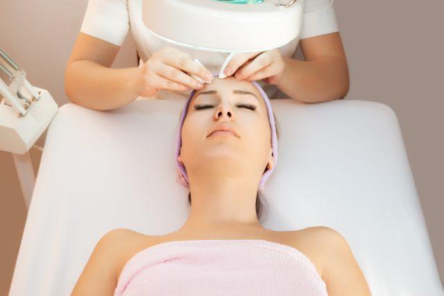 gezichtsbehandeling Blitz Wellness Heemstede